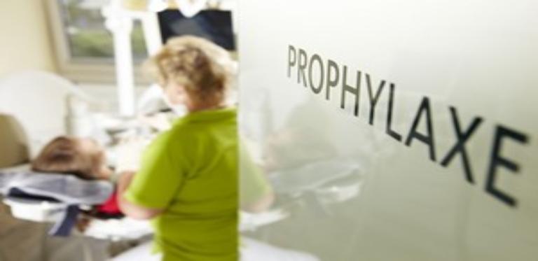 Prophylaxe-Schild Zahnarzt