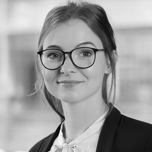 Kundenbetreuerin Kristina Arzer
